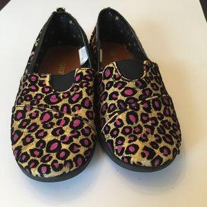 Slip On Glitter Shoes!